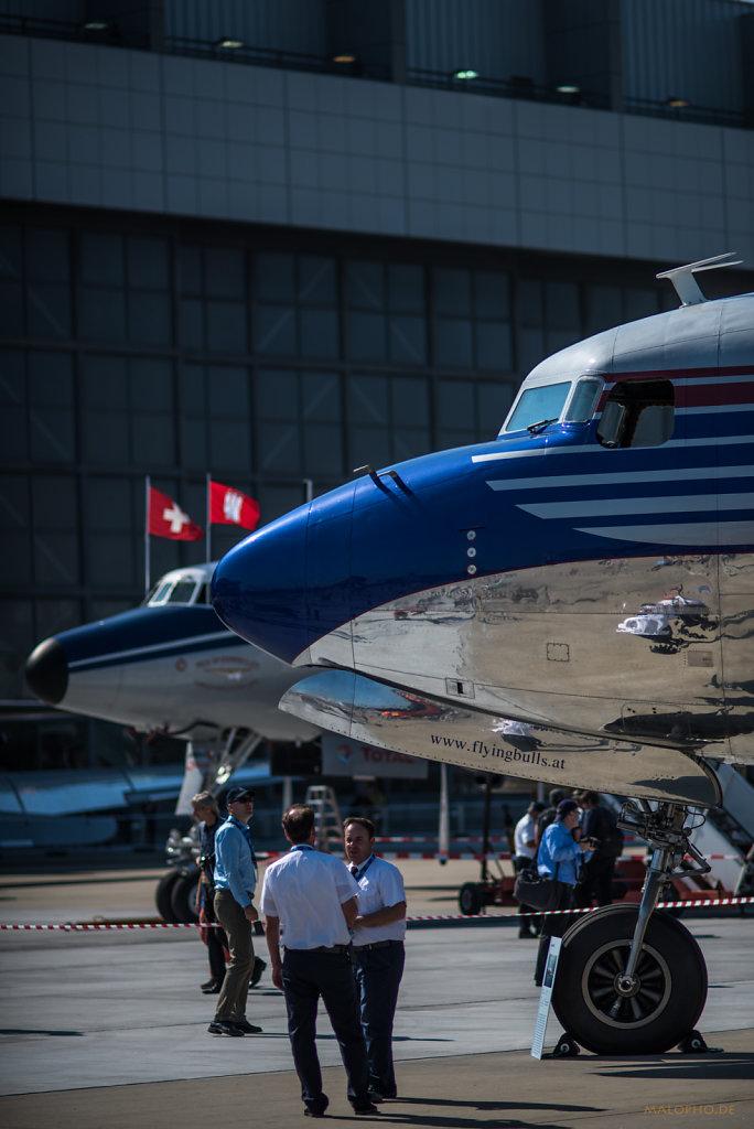 DC-6 vor SuCon-2