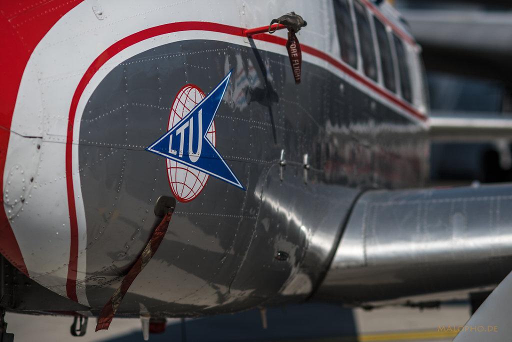 LTU De Havilland Seite