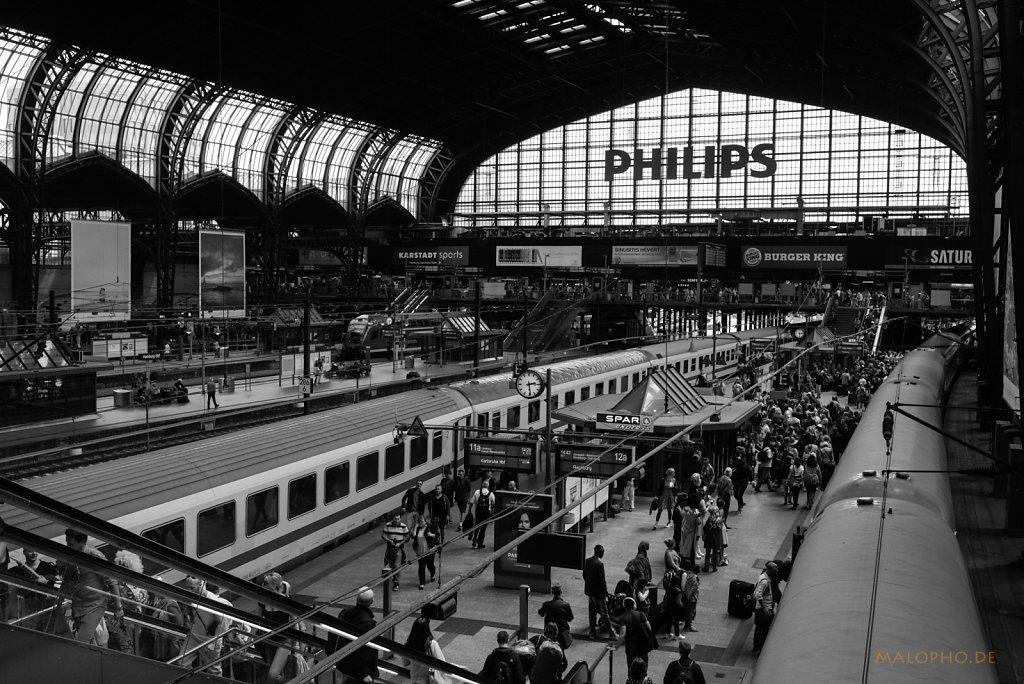 Dampf im Hauptbahnhof 2015