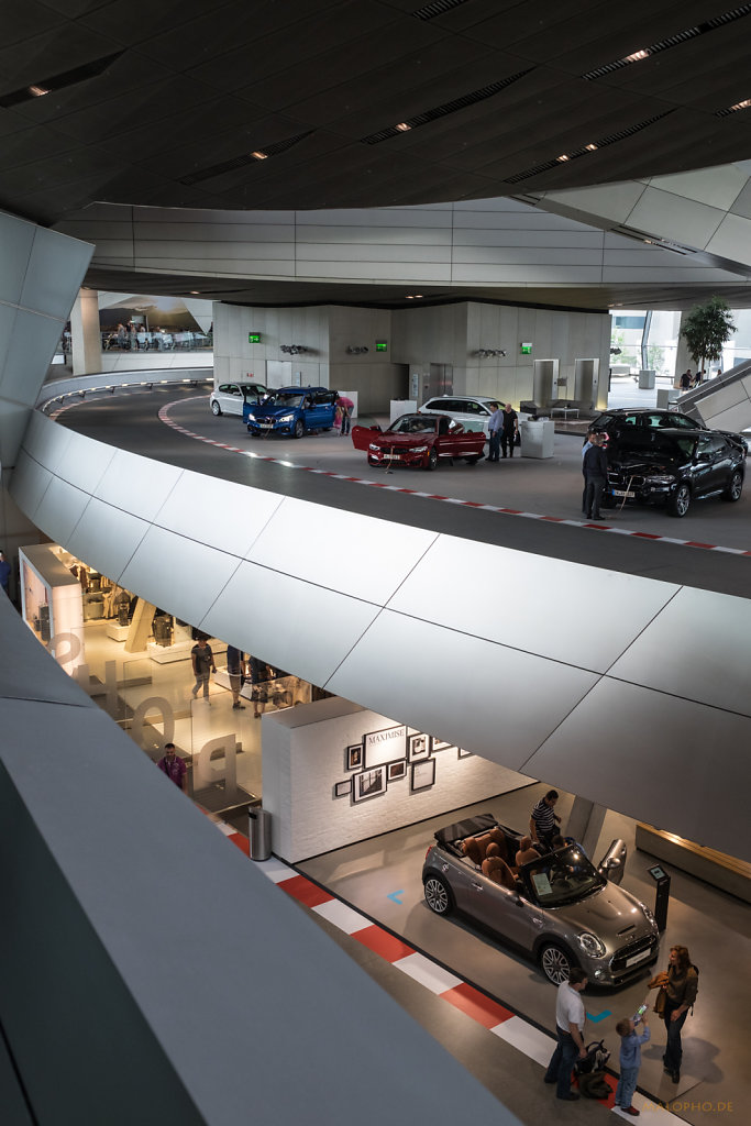In der BMW Welt