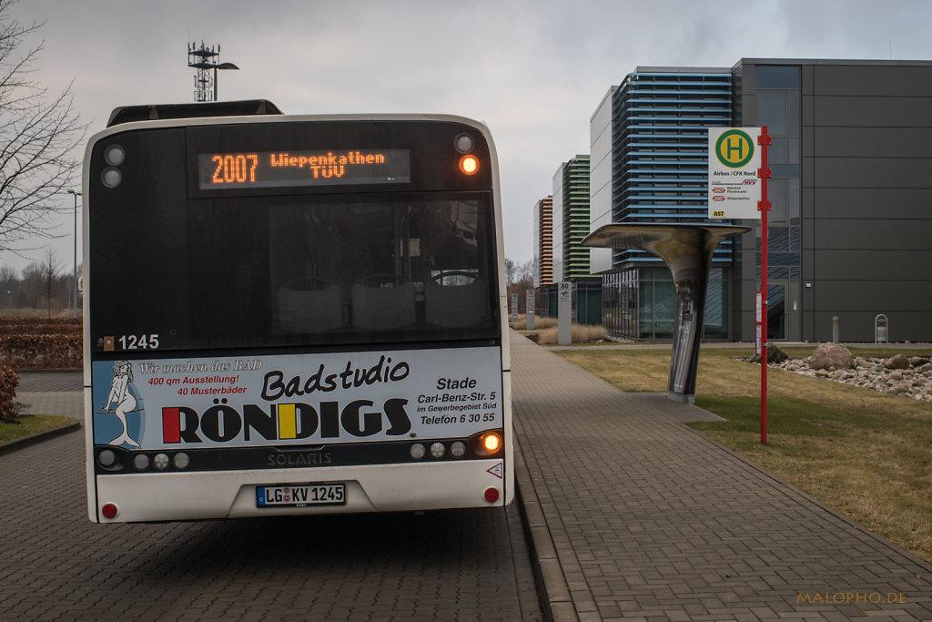 Bus nach Wiepenkathen
