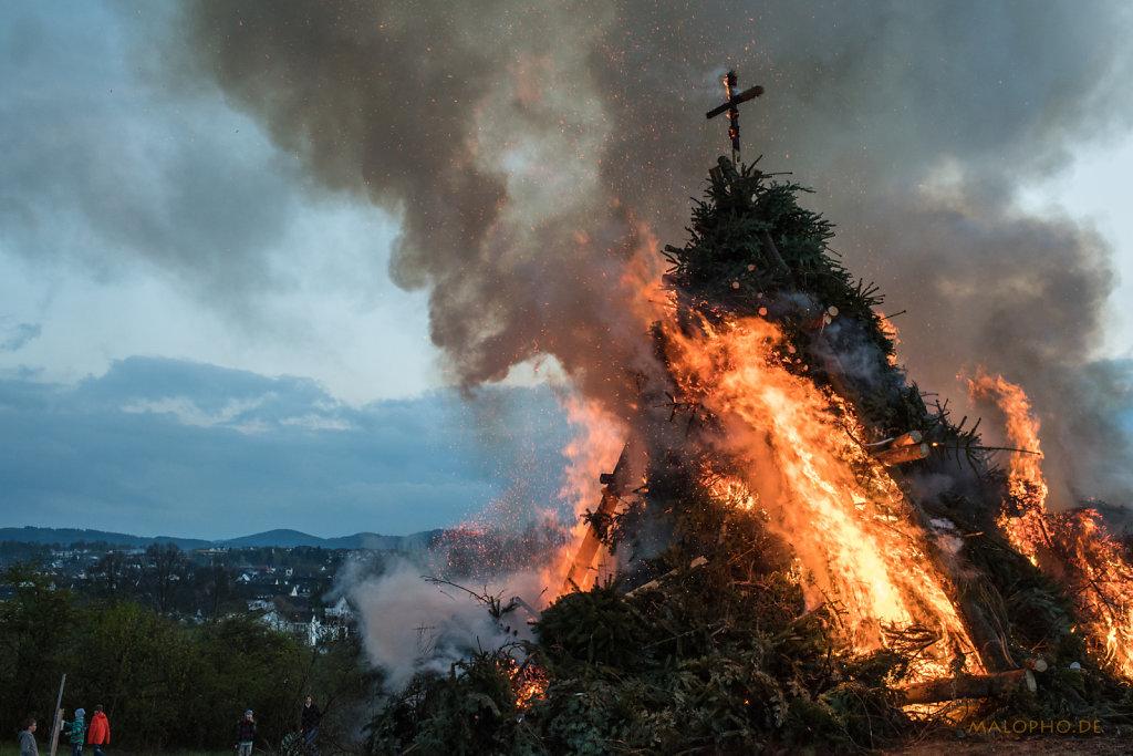 Flammen über Medebach