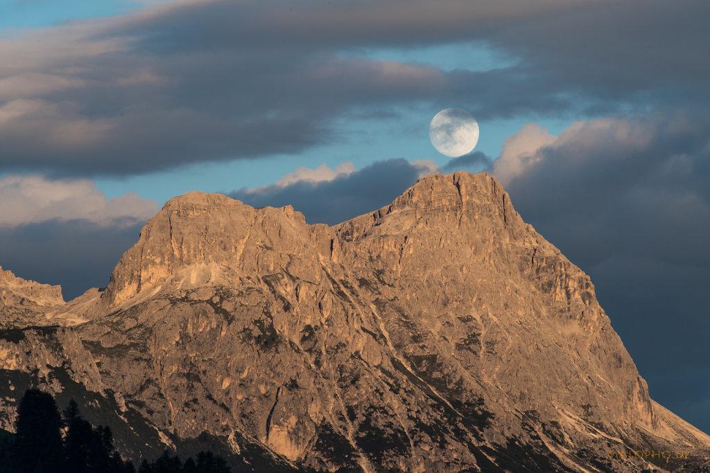 Mond über Lagazoui-1