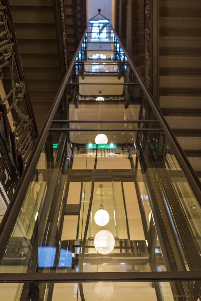 Heinehaus Aufzug
