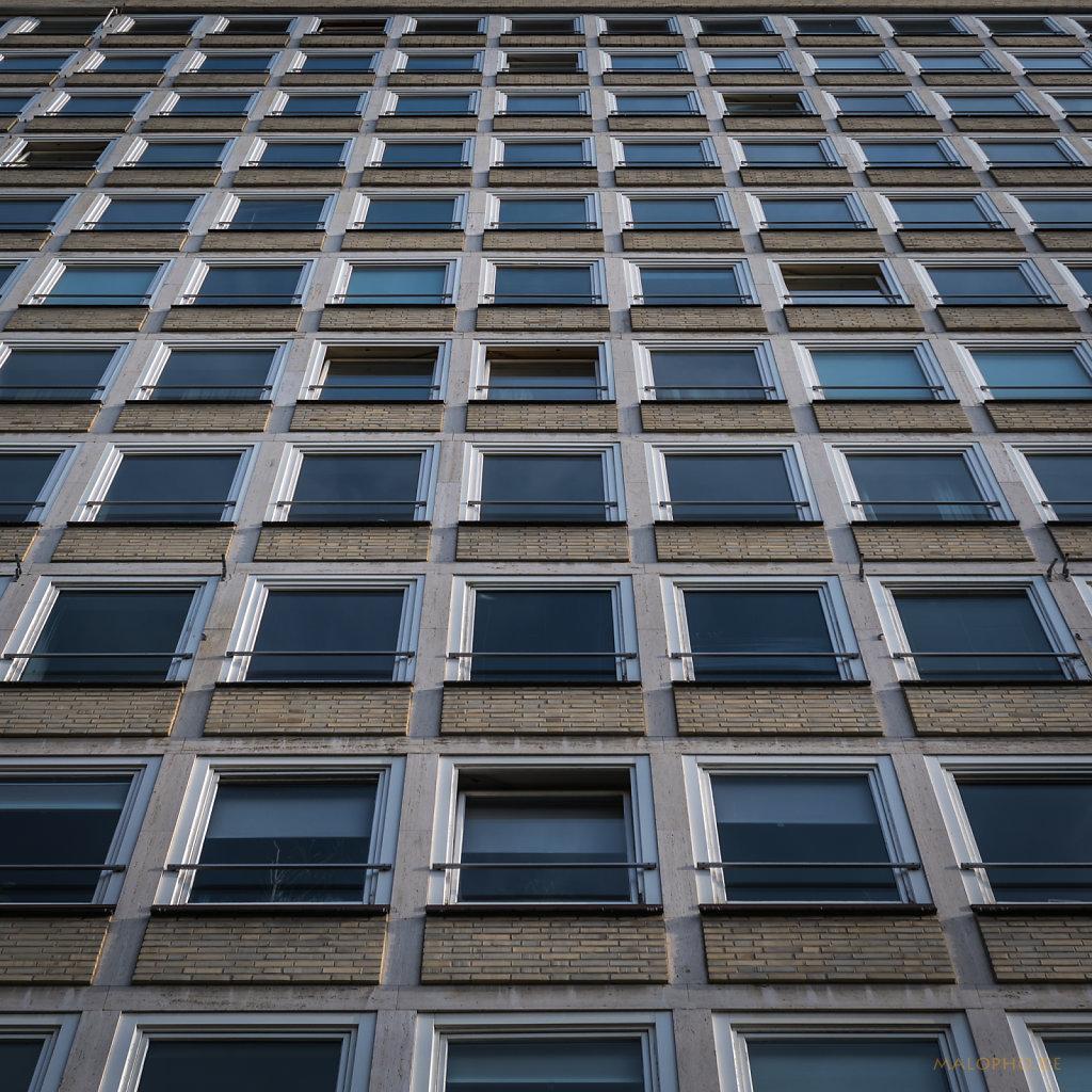 Fenster im Quadrat