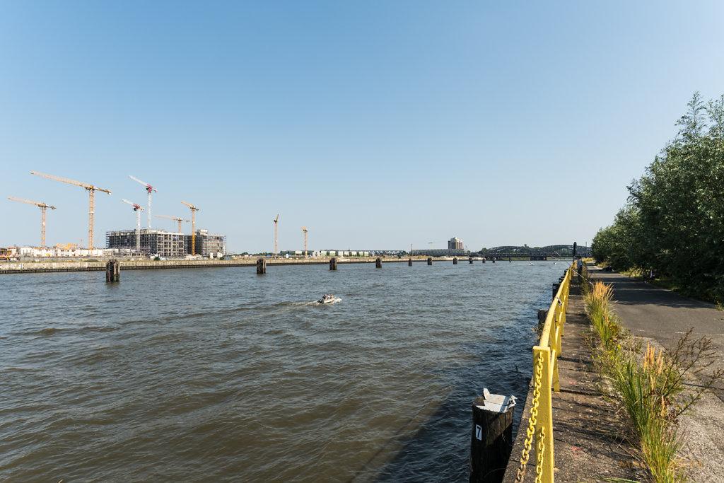 Hafencity Elbbrücken