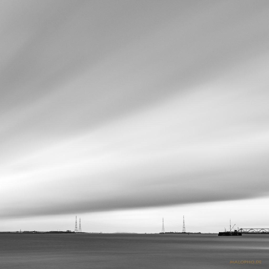 03   11 - Sturm über der Elbe