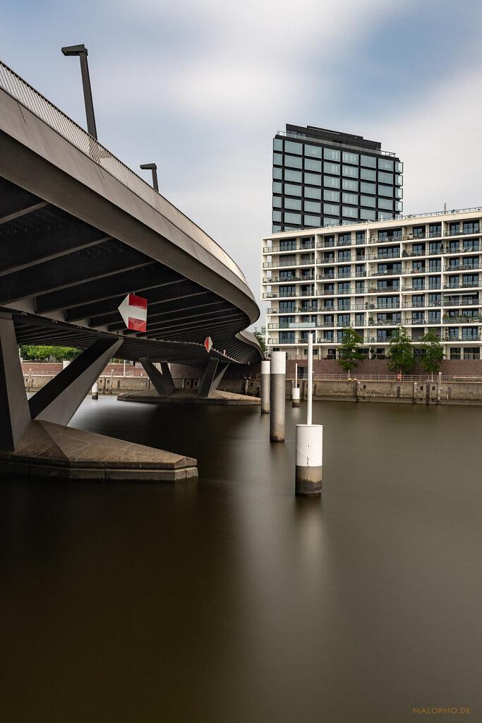 Baakenbrücke