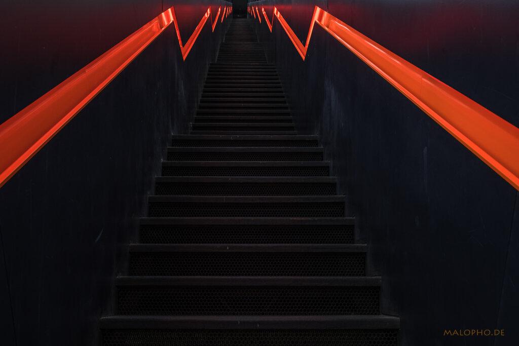 Treppe Orange II
