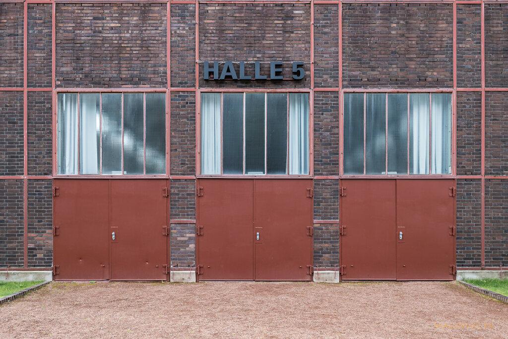 Halle 5 Eingang