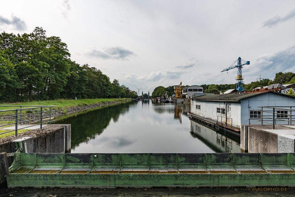 Hafenbecken III